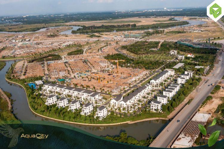 19014042-tien-do-du-an-aqua-city